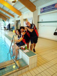 Een aantal enthousiaste medewerkers van zwembad Jaspers.